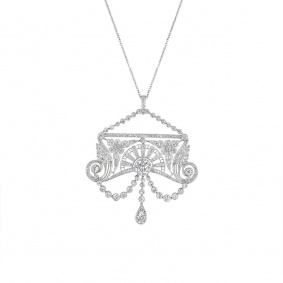 A Belle Époque Diamond Pendant in Platinum C.1910